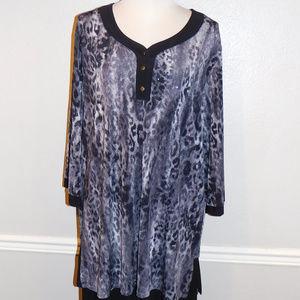 4X Maggie Barnes Black Gray Sparkle Stretch Top